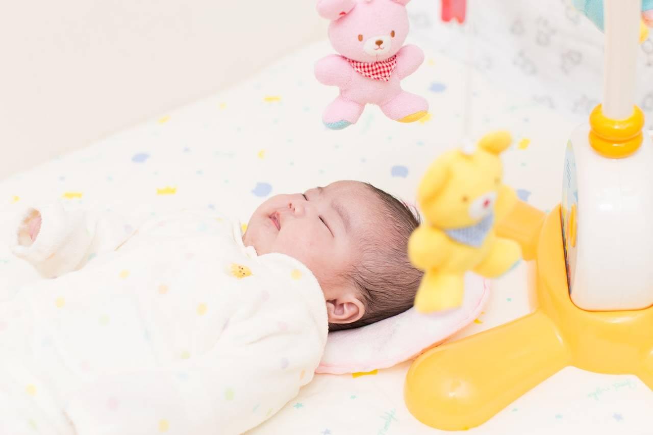 赤ちゃんが寝るときは音楽をかけよう!寝かしつけによい音楽やアプリ