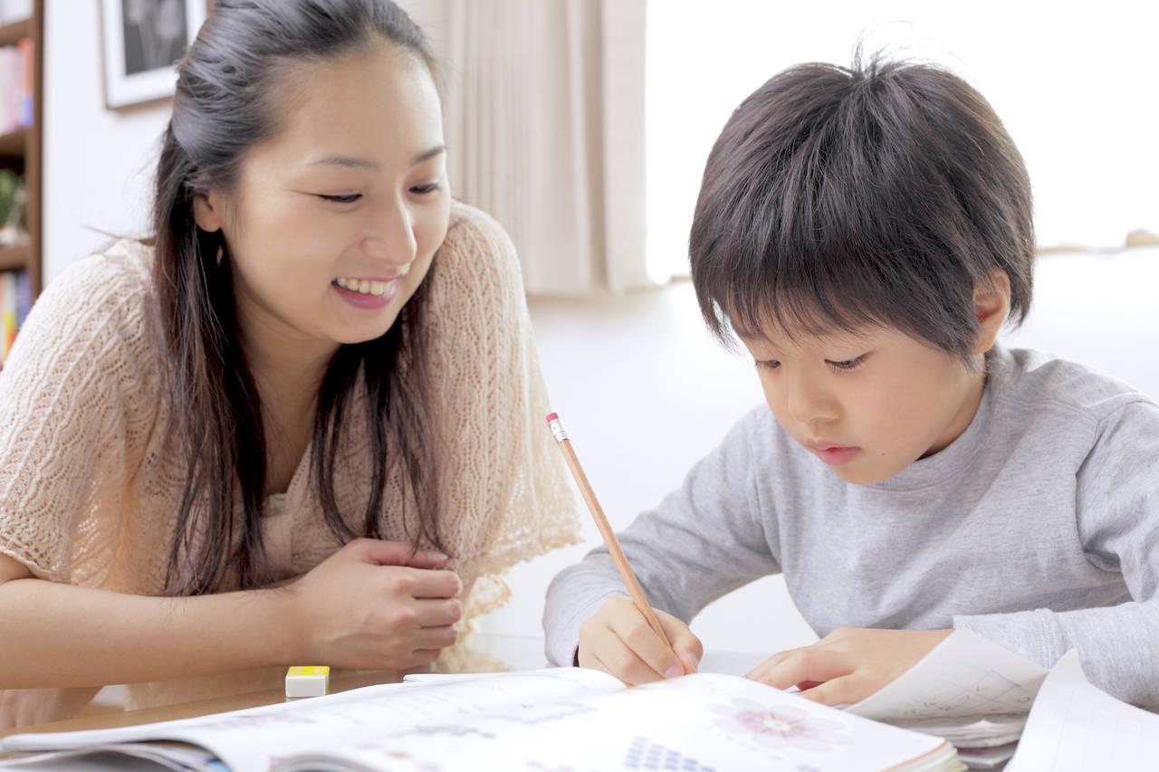 子育てママが抱える教育の悩み。悩み別の解消法と家庭でできる教育法
