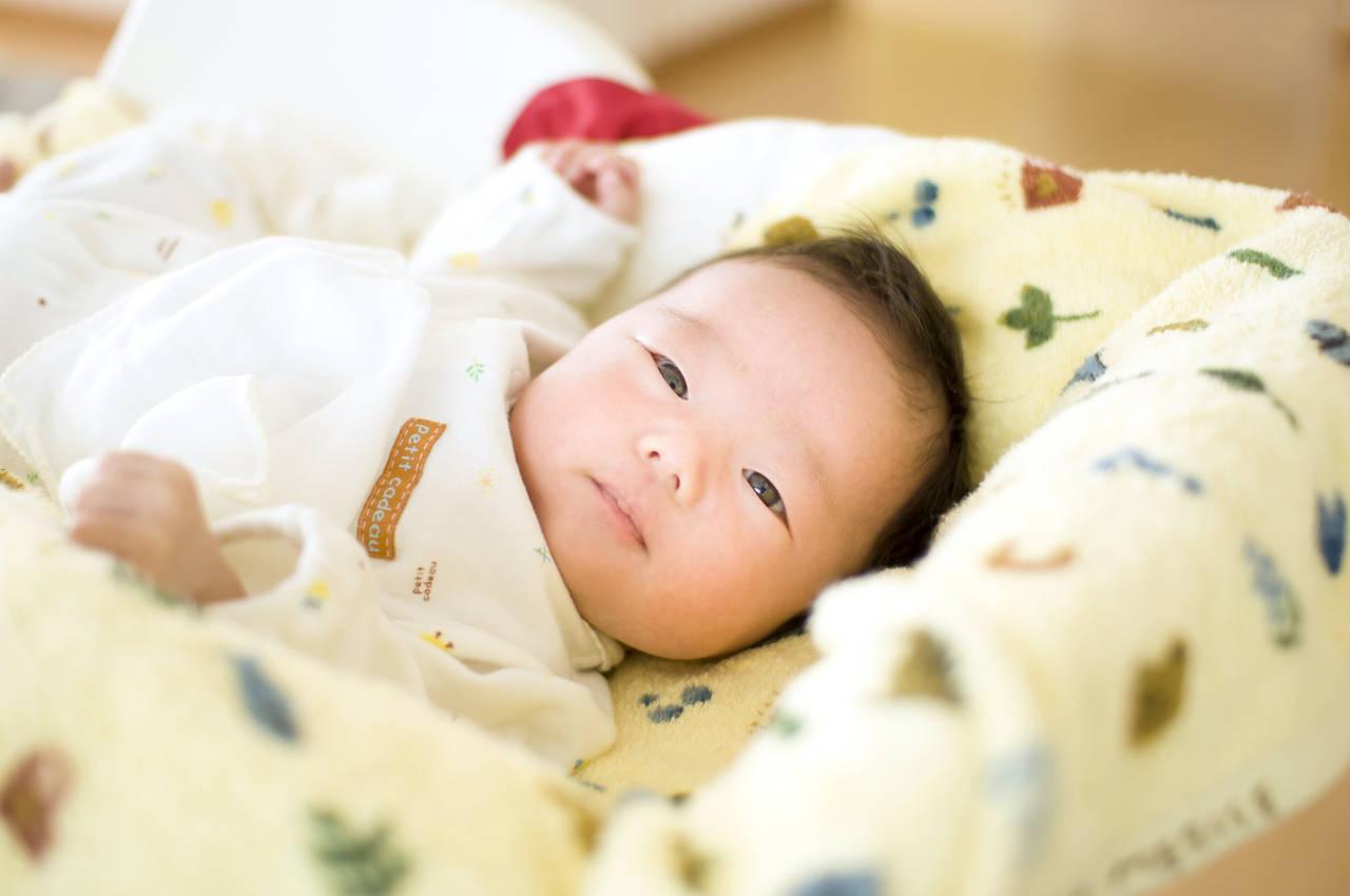 秋冬の赤ちゃんに最適な室温は?服装や寝るときの暖房機器の使い方