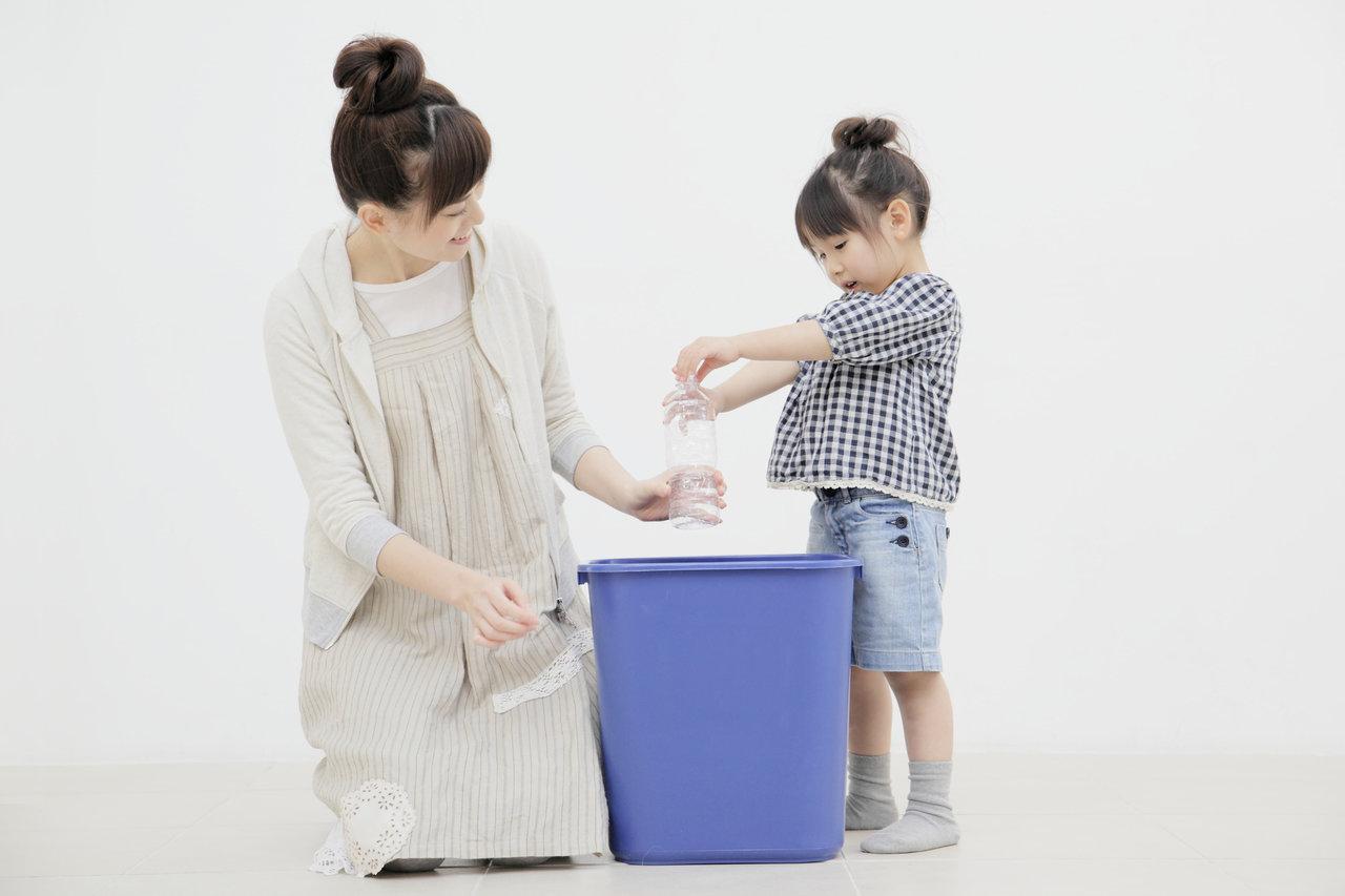 ゴミ箱が好きな幼児はどうするべき?興味を持つ理由と対策について