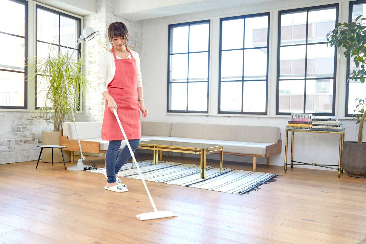 フローリング掃除を時短しよう!家事楽にするためのポイントとコツ