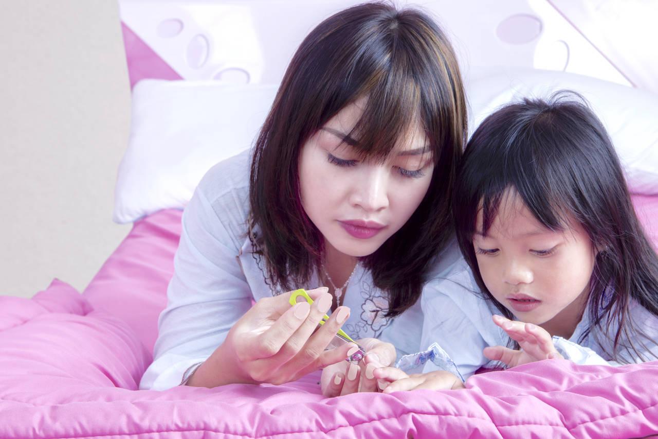 4歳の爪切りは大仕事?正しい爪の切り方と子どもが嫌がらない方法