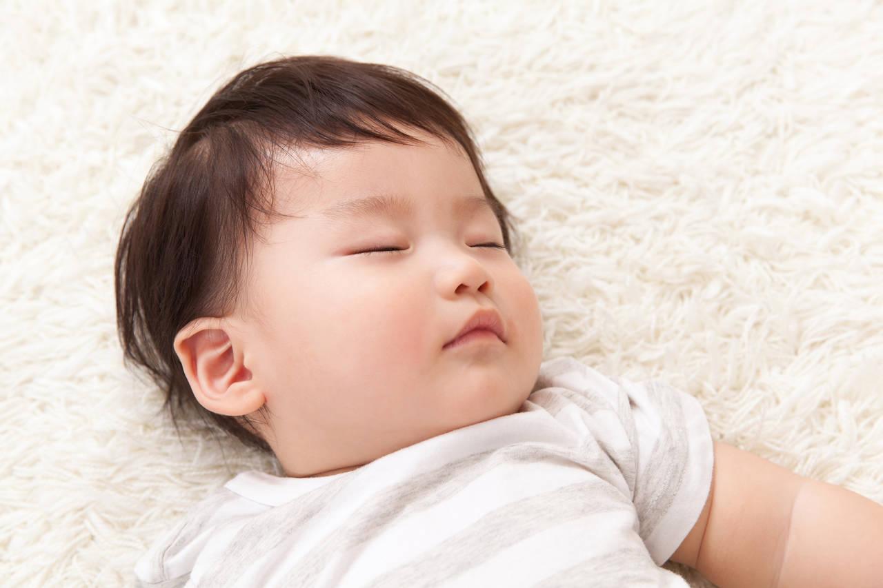 赤ちゃんが寝る歌でぐっすり!寝かしつけに役立つ歌や眠りを誘う音楽