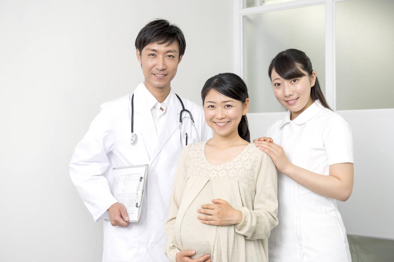 出産で健康保険証は必要なの?医療保険では適用になる場合も