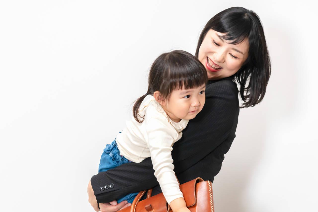 共働きは子どもに悪影響?仕事と子育てを上手に両立するポイント