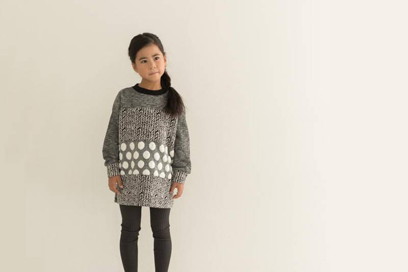【秋冬】女の子のグレーファッション!定番カラーを上手に着こなす
