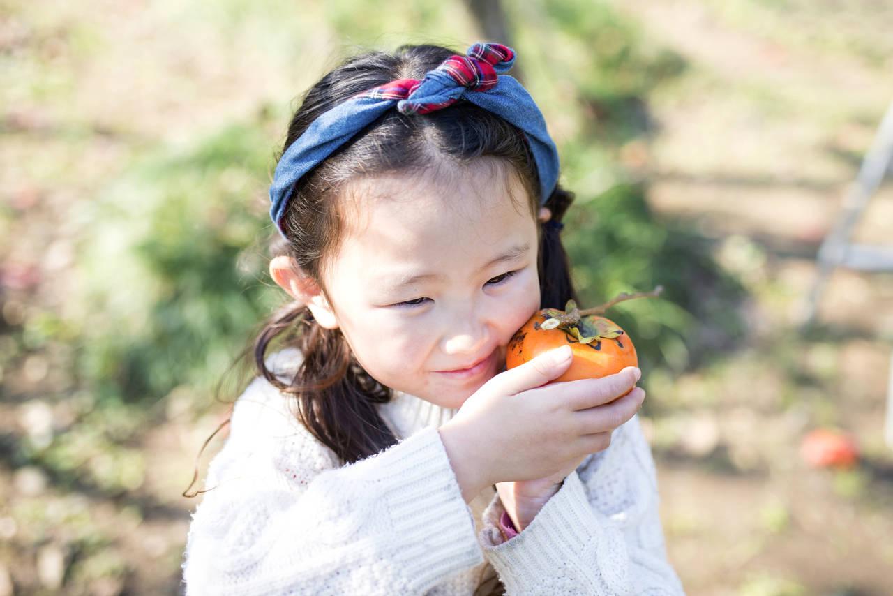 女の子の秋冬コーデは小物使いがポイント。アイテムを活かす方法