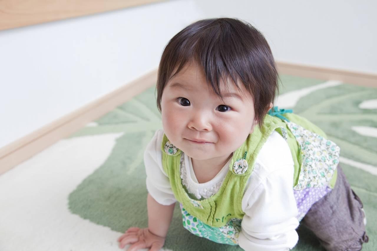 赤ちゃんが立つようになったのに歩かない!気になる理由と練習方法