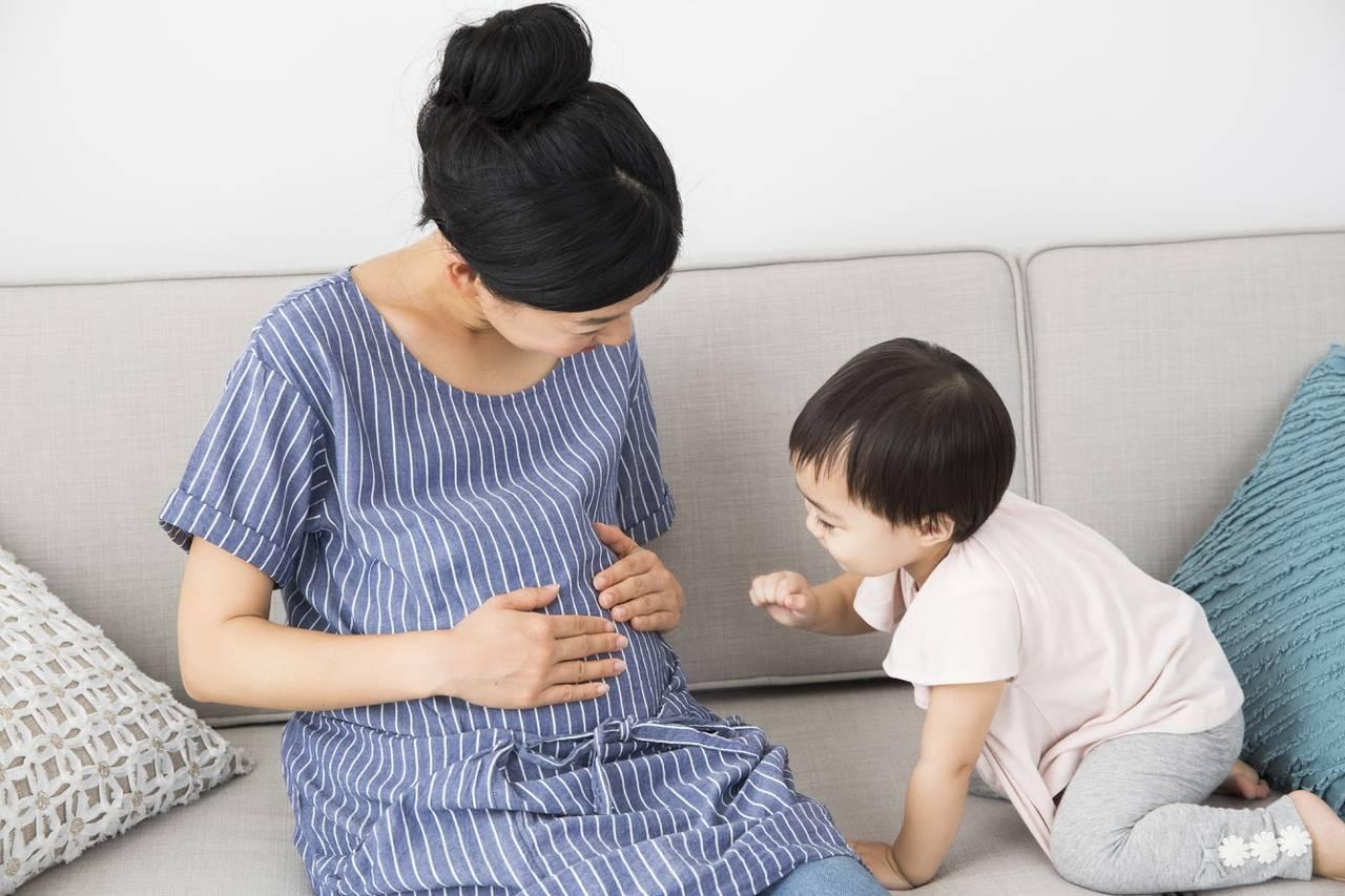 2人目の子を産むタイミングは?ベストな年の差や仕事とのバランス