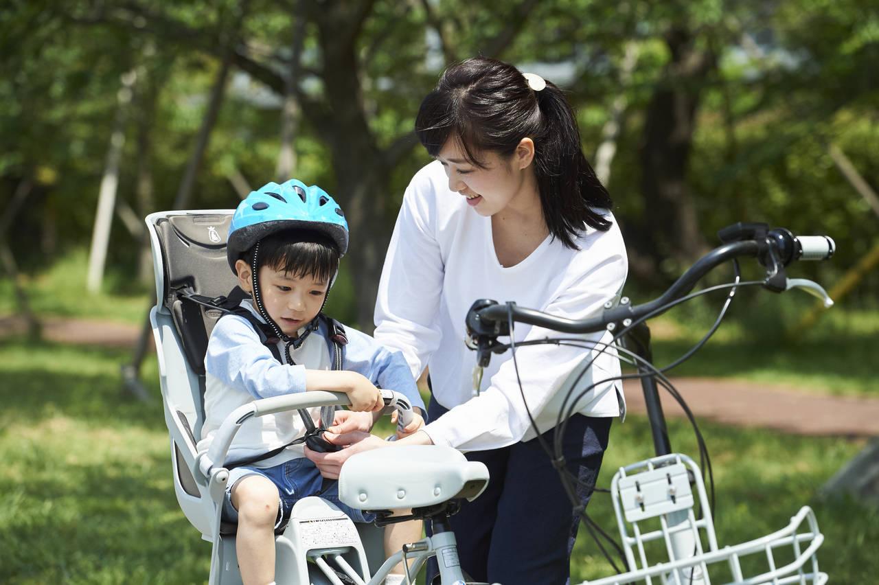子ども乗せはママチャリに付けられる?幼児用シートの安心な選び方