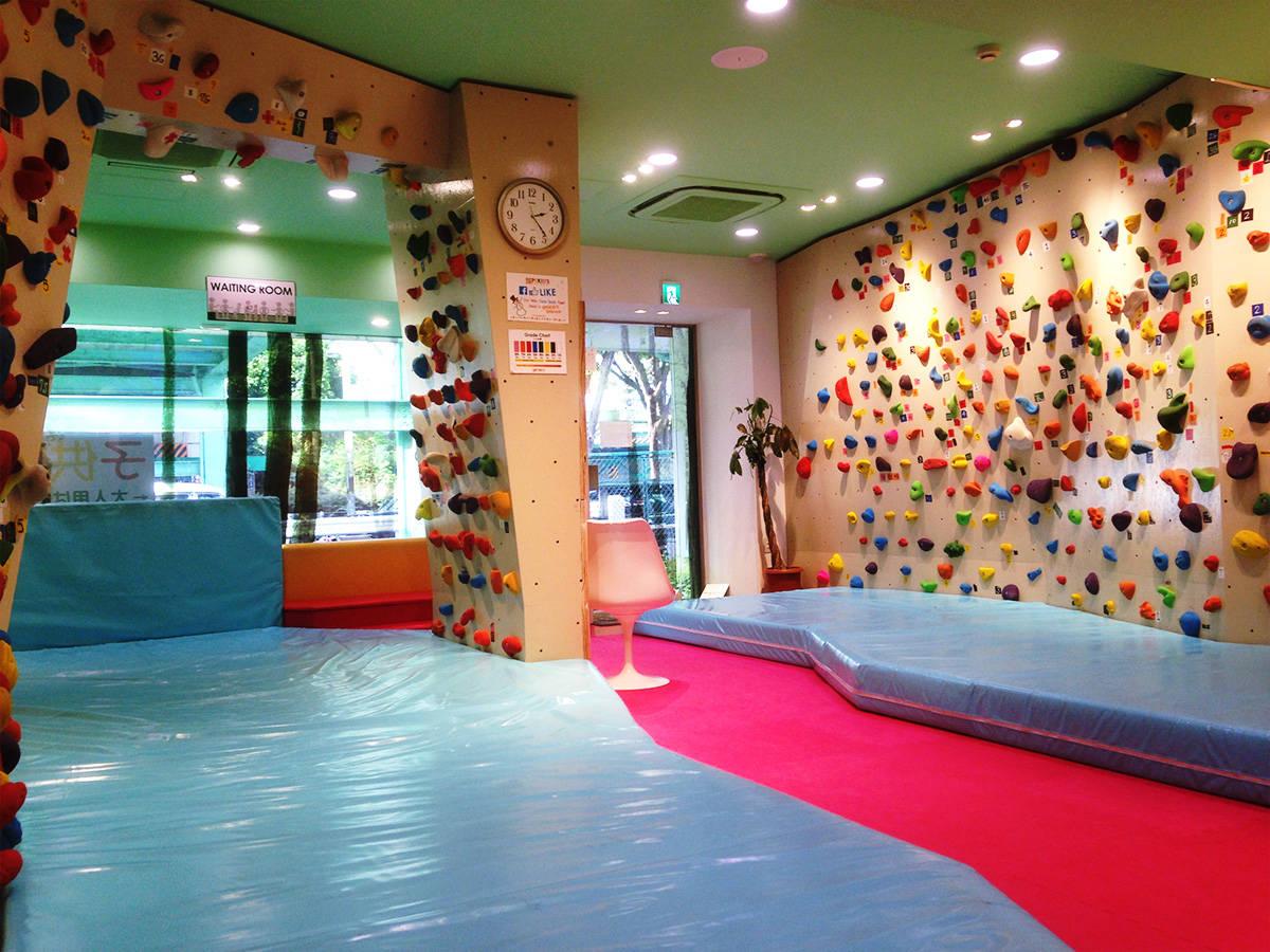 【東京】全国初!子ども専用ボルダリングスタジオ「PEKID'S」