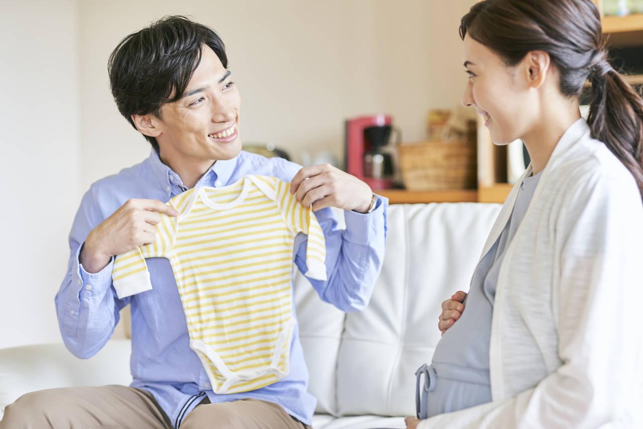 新生児の服の選び方を知ろう!サイズや素材、購入場所まで一挙公開