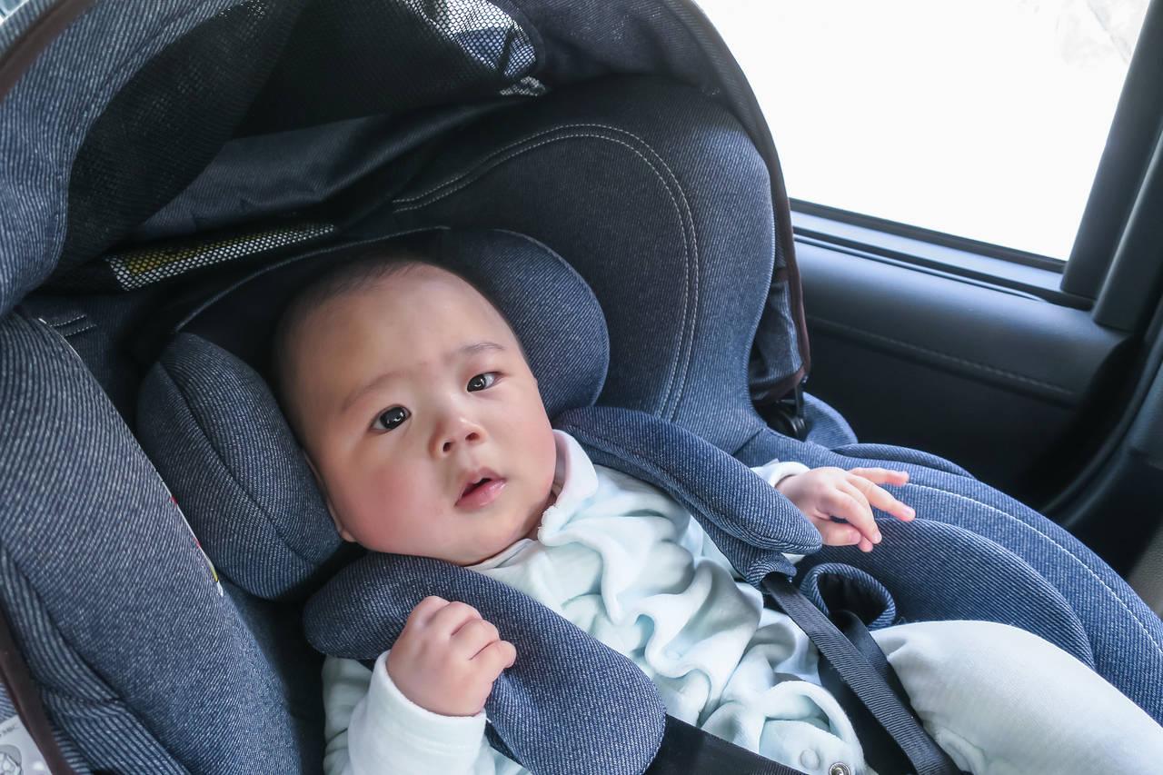 新生児のチャイルドシートの種類は?使用期間や2人目を考えた選び方
