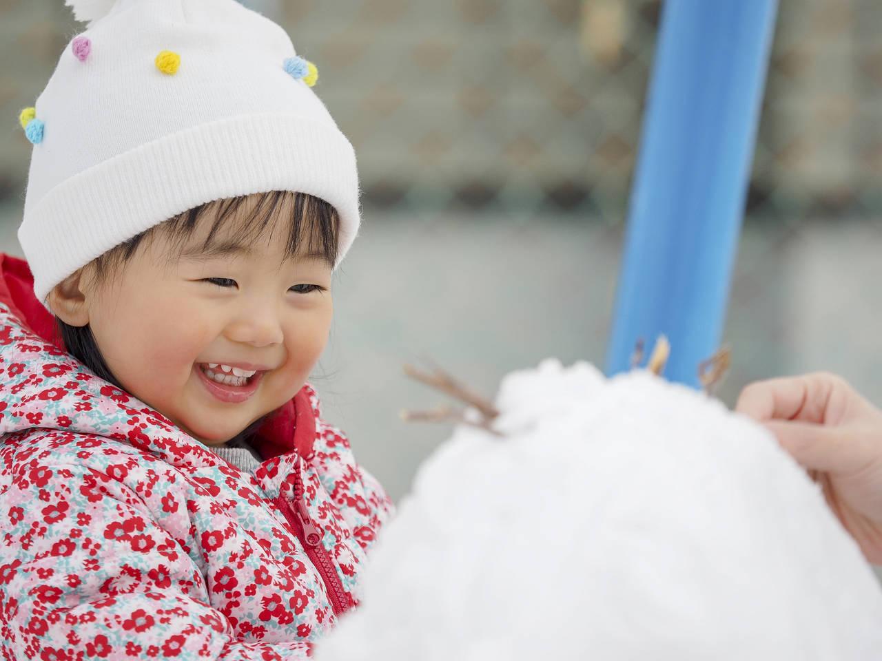 赤ちゃんの冬服の選び方を考えよう!サイズや組み合わせのポイント