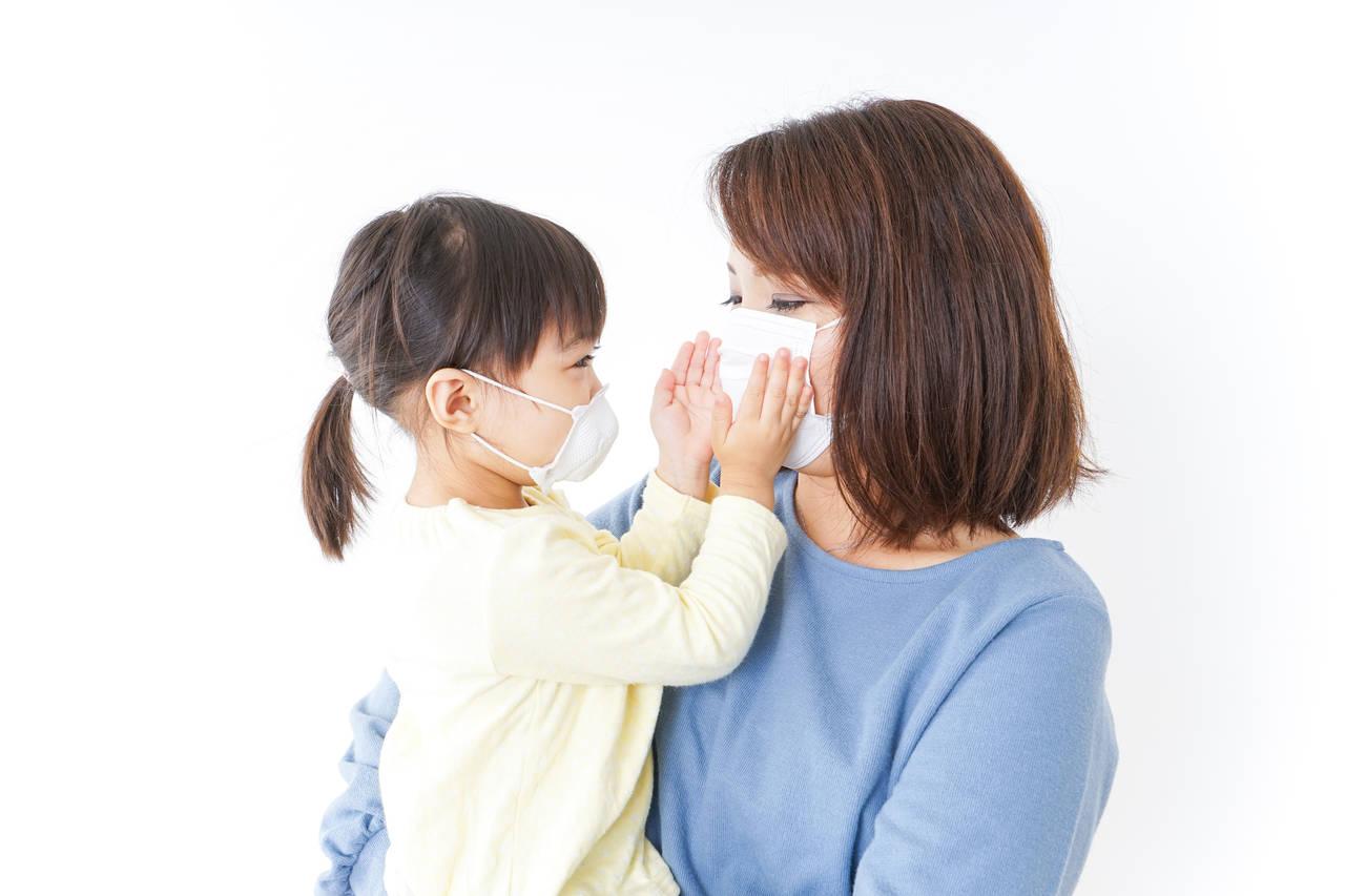 冬の乾燥を感じるのはなぜ?原因や子どもの体への影響と対策法を紹介