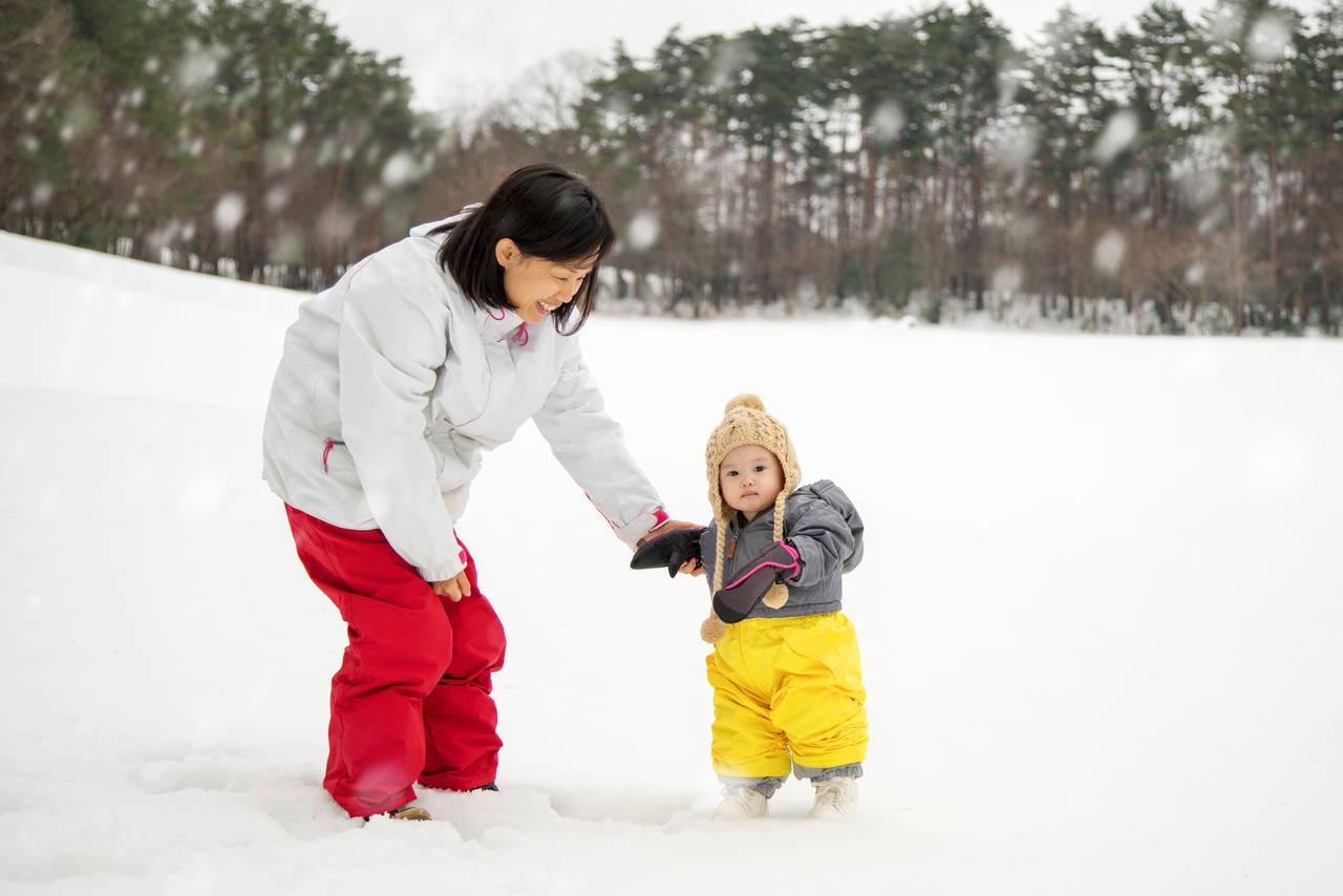 子どもの雪遊びの服装を知ろう!雪遊びのメリットやアイデア