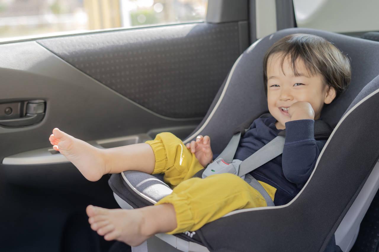 チャイルドシートは無料レンタルできる?交通安全協会や自治体の制度