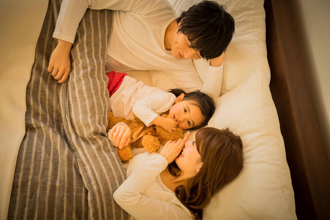 夜に快適な睡眠温度とは?夜の室内環境の整え方と気づかいポイント
