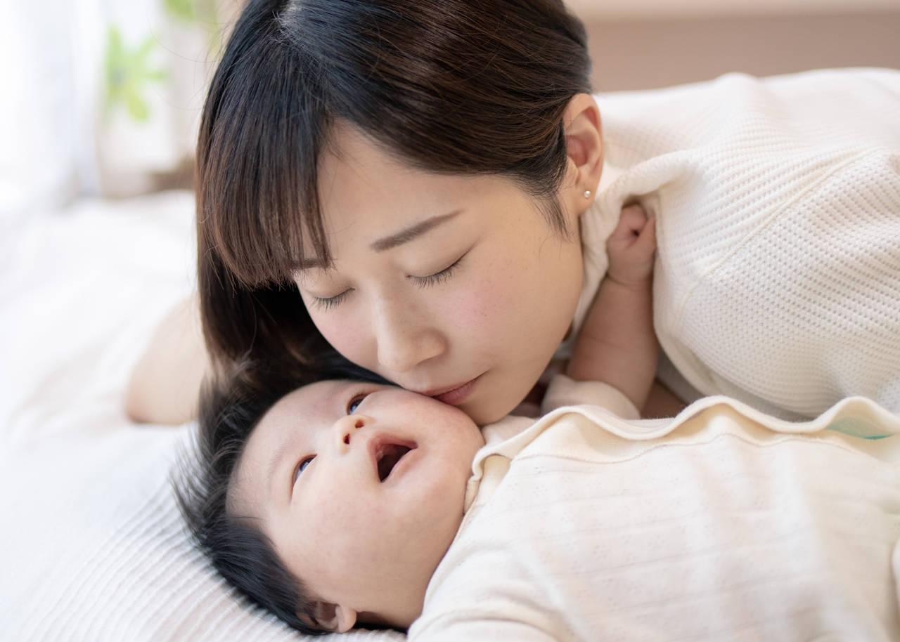 赤ちゃんが過ごしやすい冬適温は?室内環境の整え方と気遣いポイント