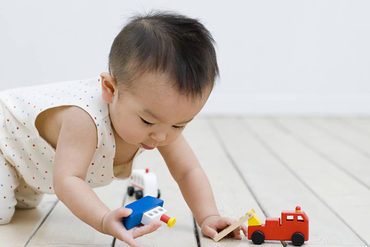 よく動く赤ちゃんの体重は増えにくい?対処法と心配なときにすること
