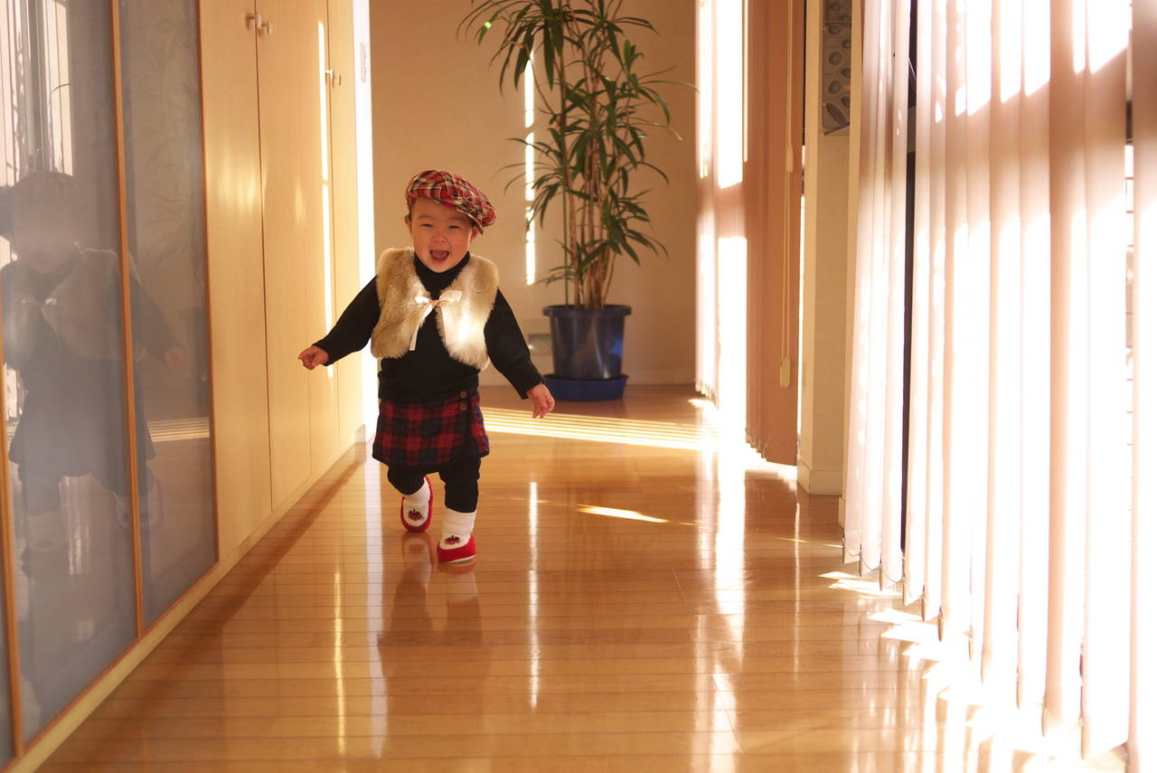 子どもはいつから元気に走るの?走り始めの注意とポイントをご紹介