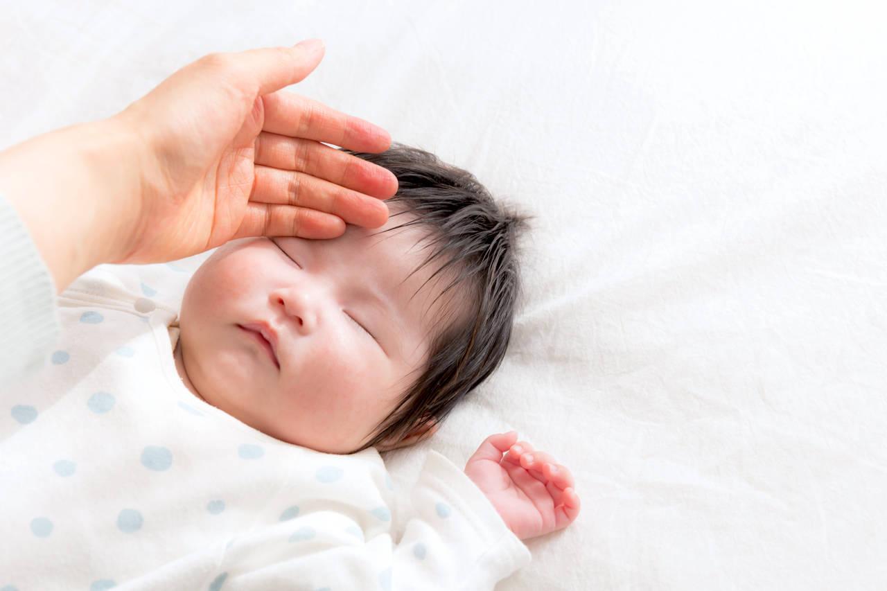 赤ちゃんは寒い冬でも寝汗がすごい!その理由と寝汗の対策法とは