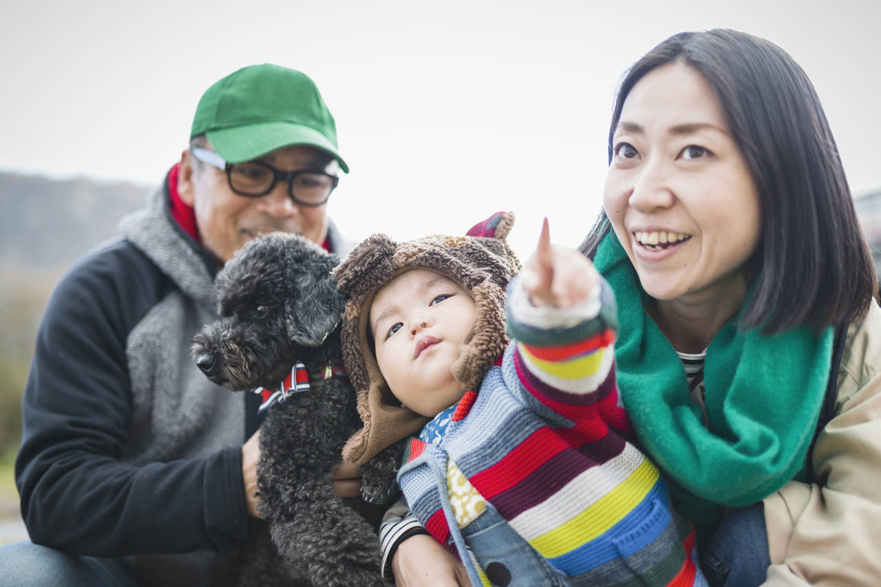 子ども連れで犬の散歩はできる?子育てと愛犬との生活を両立しよう