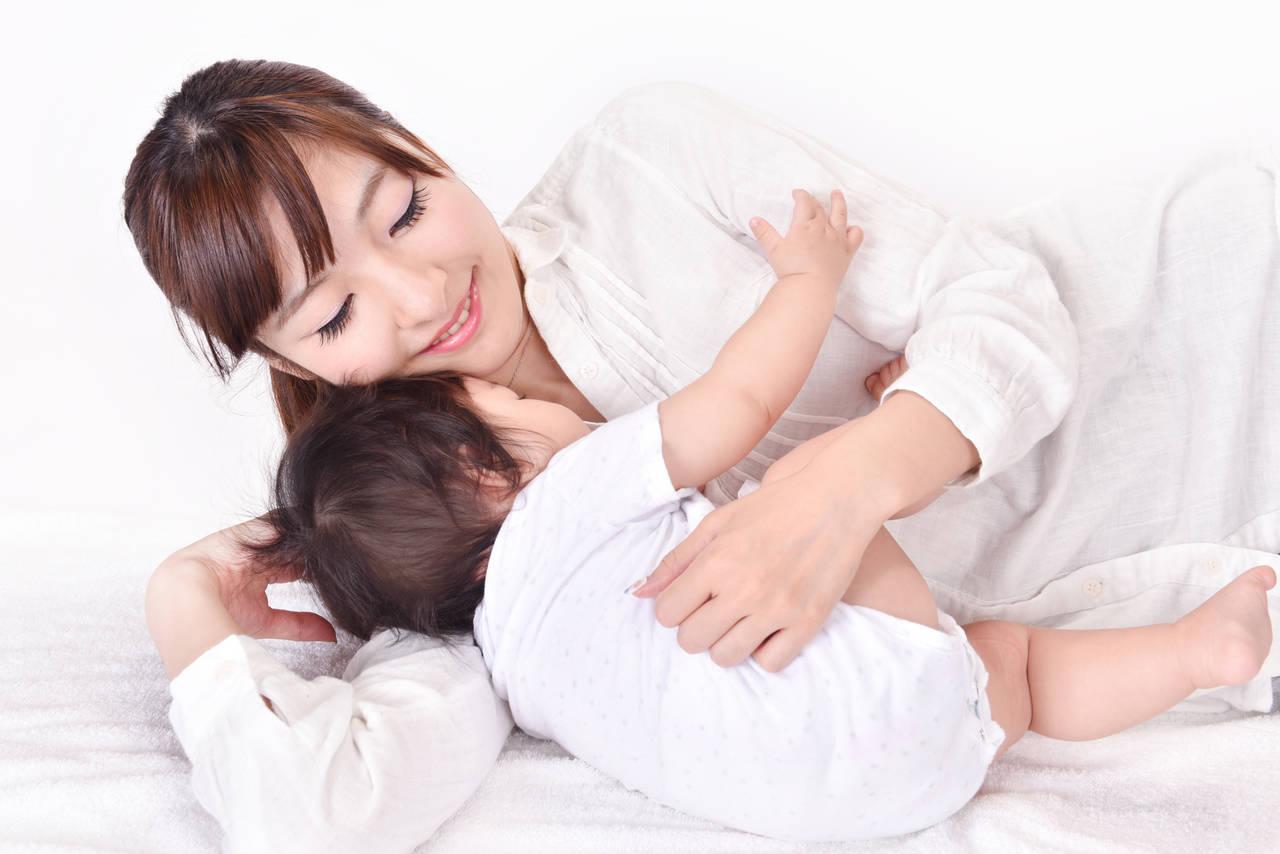 添い乳で暴れるのには理由があった!暴れる原因や対処の仕方