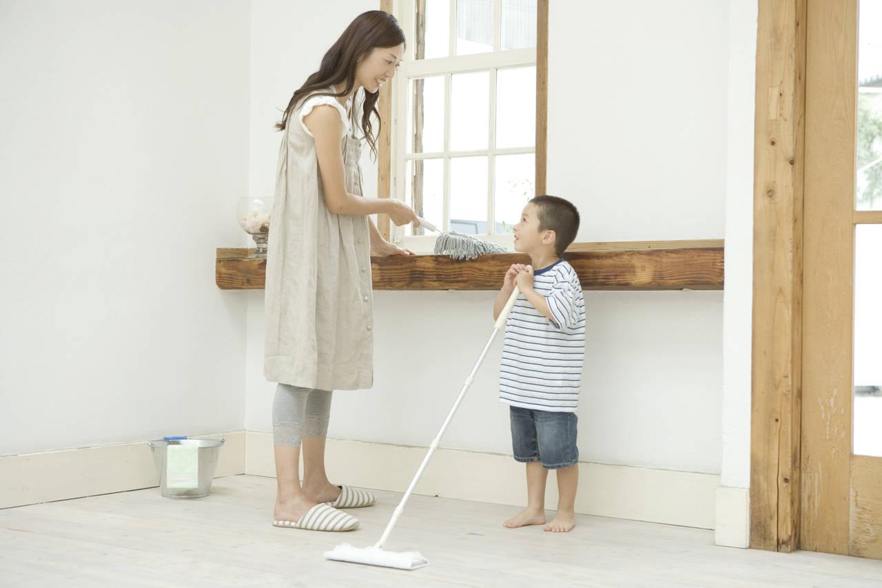 忙しいママの部屋掃除のやり方。時間やグッズを上手に活用しよう