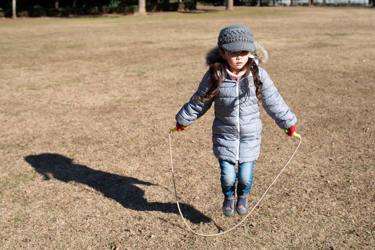 子どもの冬用あったかズボンを探したい!生地素材と人気ショップ