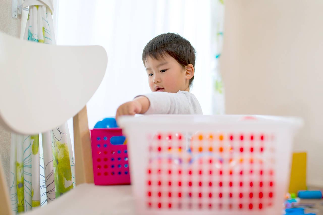 子どものお片づけには掃除の歌!進んで片づけられる子に育てよう