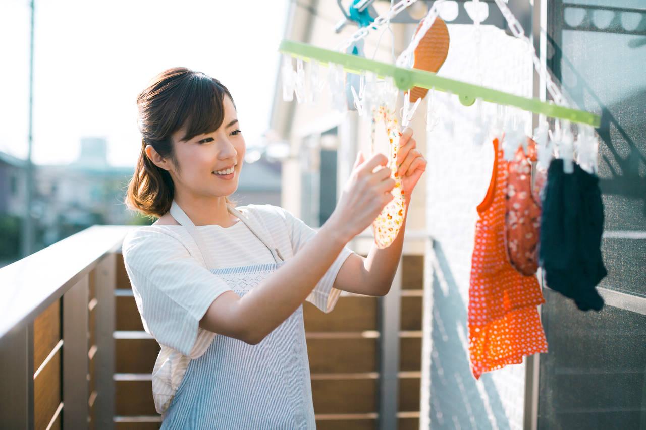 赤ちゃんの服を水通ししよう!理由や方法、赤ちゃんの服に使える洗剤