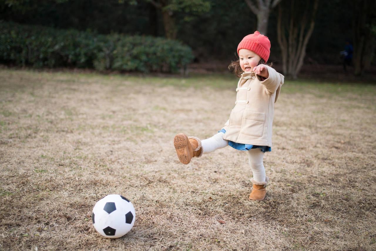 子どもの冬用ブーツの選び方!注意点やシーン別のブーツを紹介