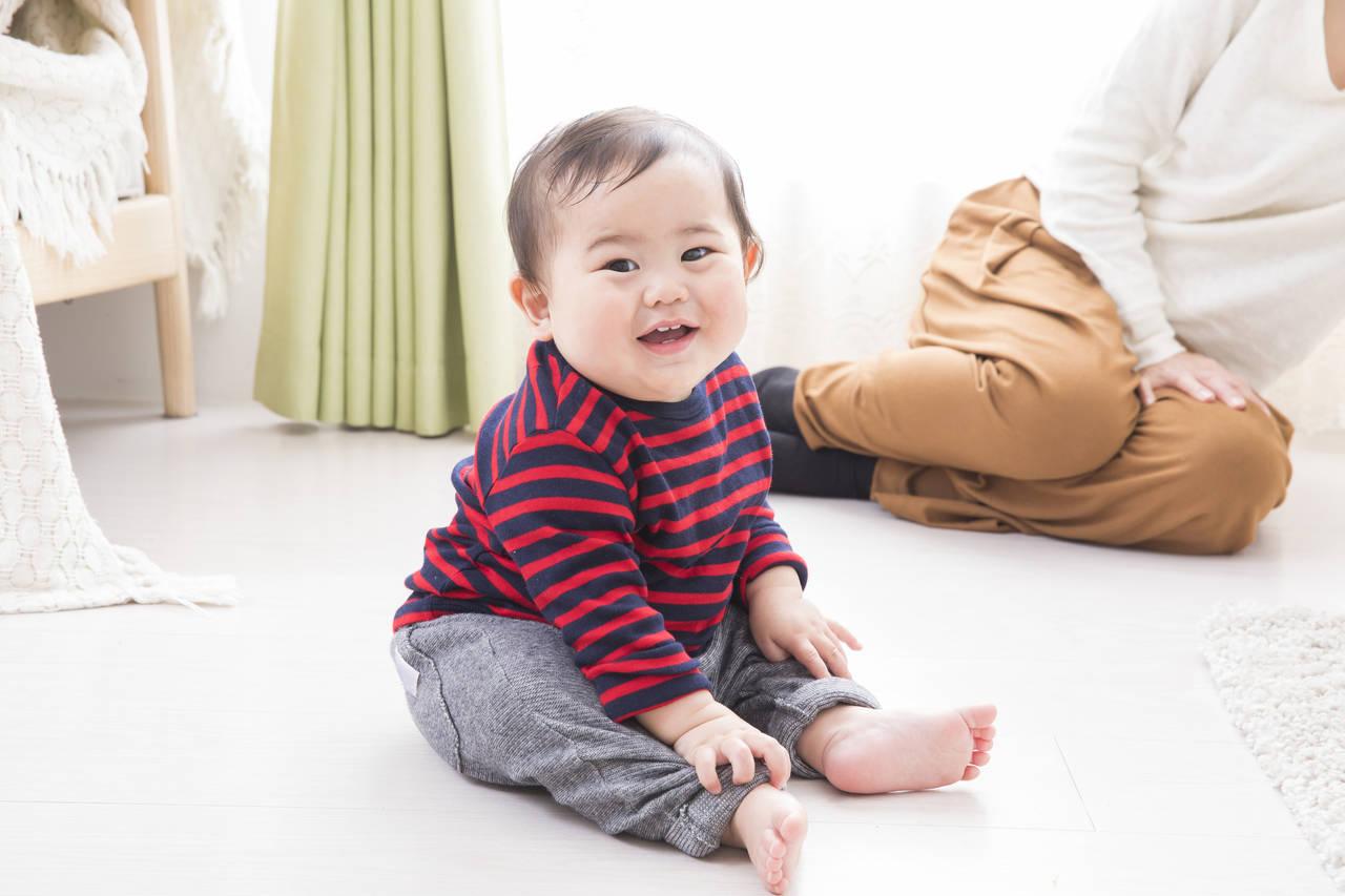 家で過ごす赤ちゃんが快適な防寒を!服装と部屋の寒さ対策と注意点