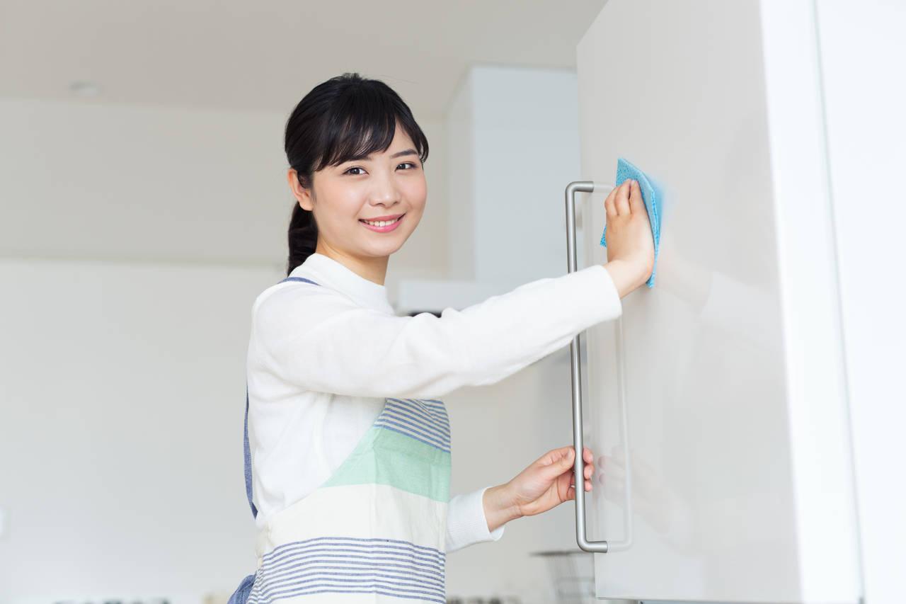 年末は大掃除で年を越そう!キッチンをキレイにするコツや必需品紹介