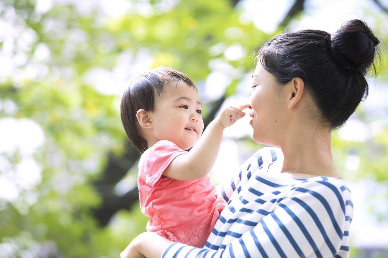 1歳5カ月頃の子どもの成長の目安は?心と体の成長やお世話ポイント