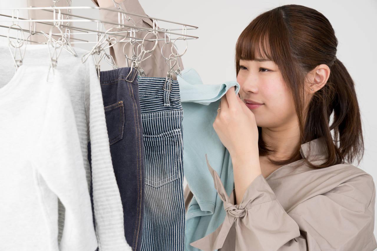 赤ちゃんの服の臭いが取れない!取りにくい臭いの原因と対処法