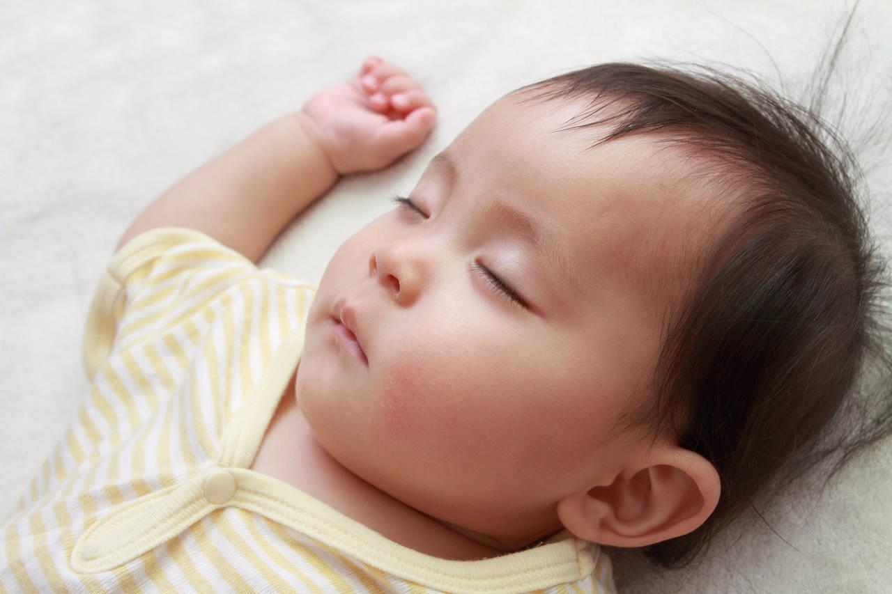 赤ちゃんがぐっすり寝る音が知りたい!音楽の選び方や流す方法の紹介