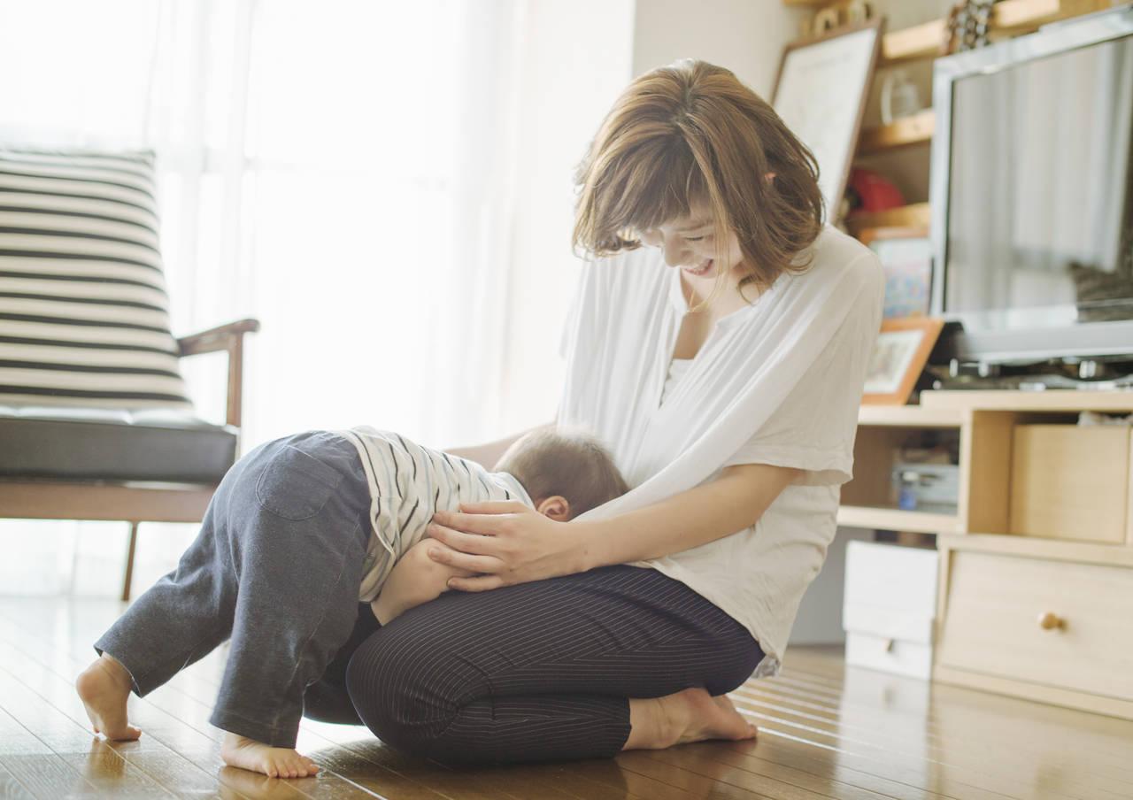 子どもが顔から転んでしまう原因は?対策とケガをした際の対処法
