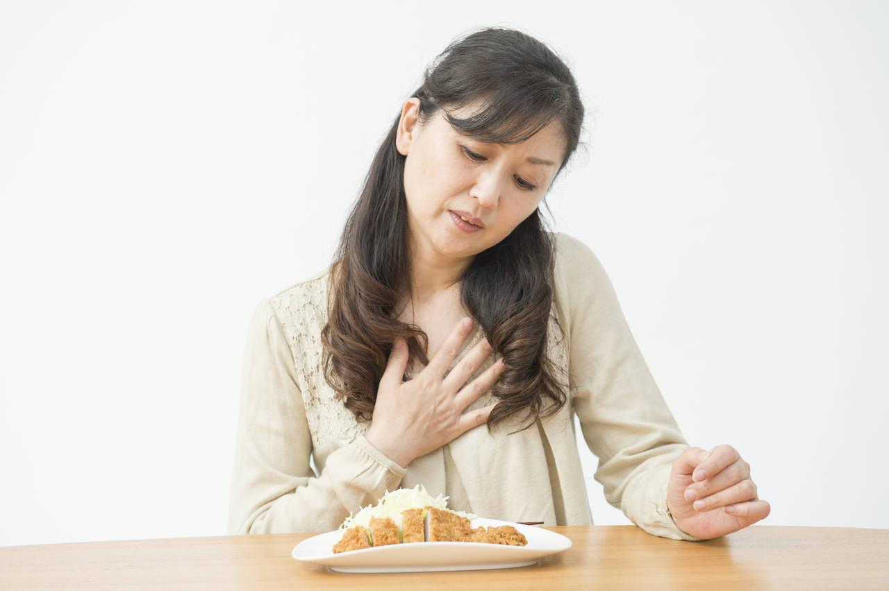 40代ママの食欲減退。原因が更年期症状にある場合の改善方法