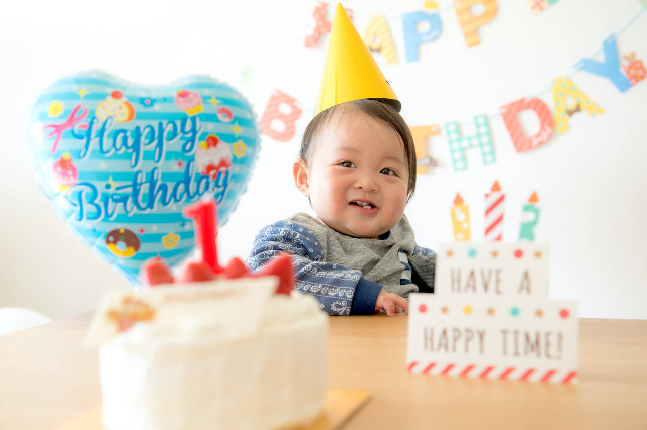 我が子への1歳の誕生日プレゼント!喜んでもらえるアイテムの選び方
