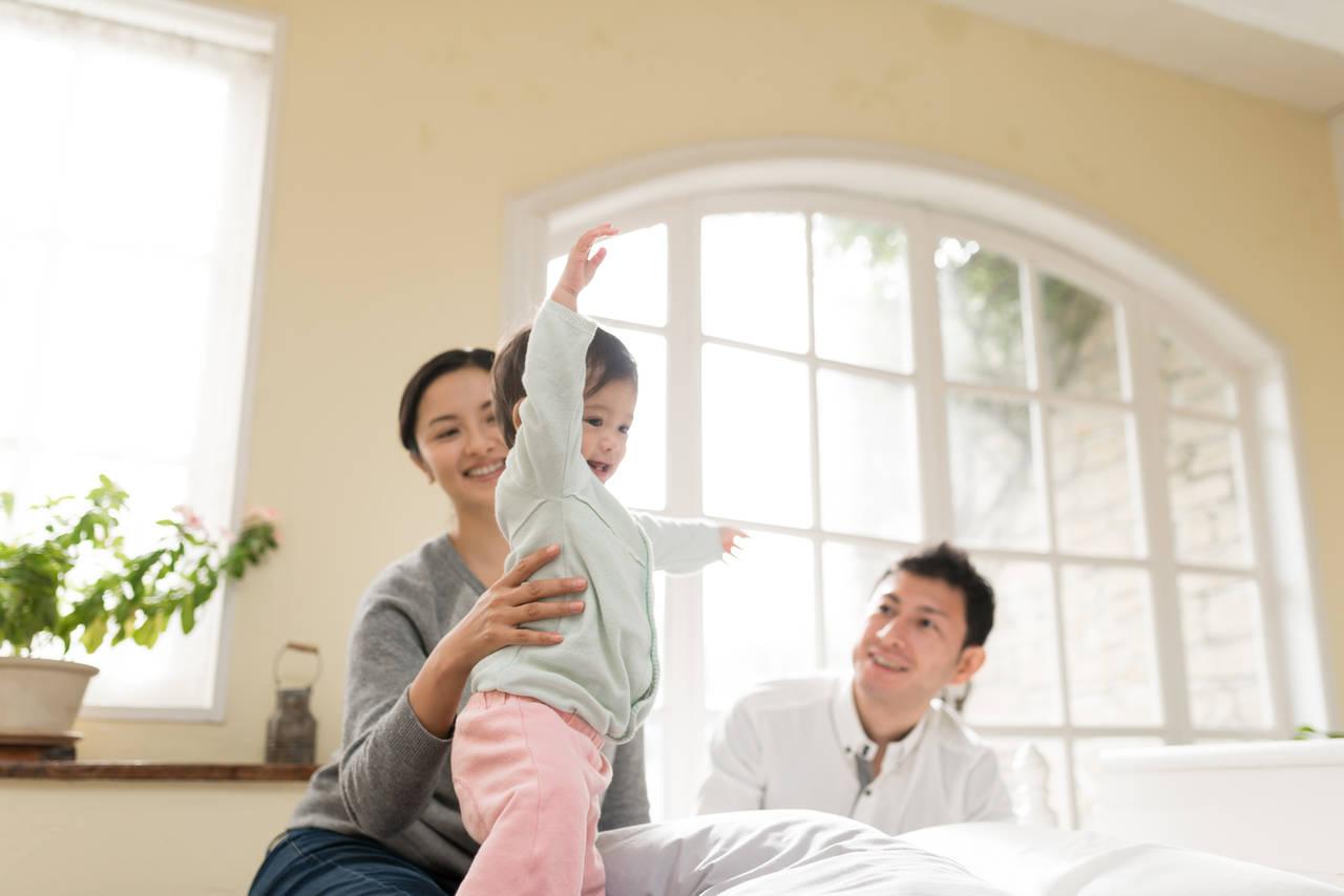 なぜ1歳児は生活リズムがバラバラなの?親子で快適に過ごすには