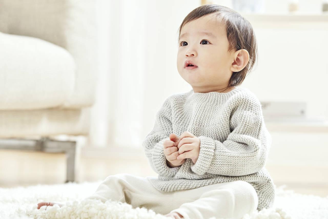赤ちゃんが寒い冬に必要なものとは?室内や屋外での必需品や注意点