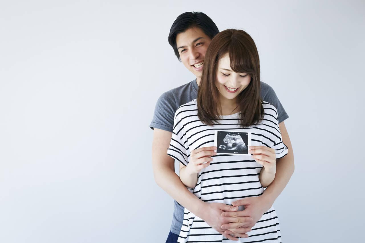 妊娠初期の働き方のコツは?職場への妊娠報告時期や気をつけたいこと