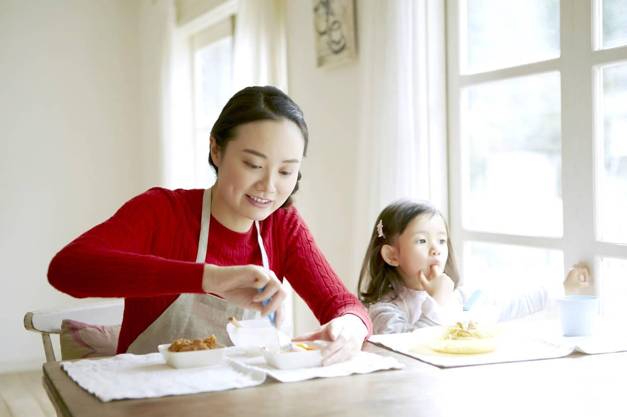 シングルマザーの手当は何があるの?助成や手当の種類や申請について