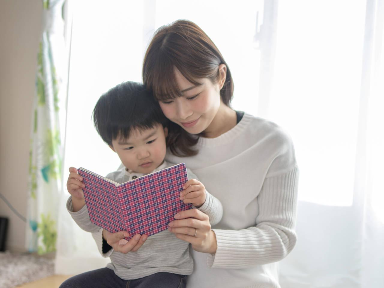 子どもと一緒に3月の絵本を楽しもう!年齢別に読んでほしい本を紹介