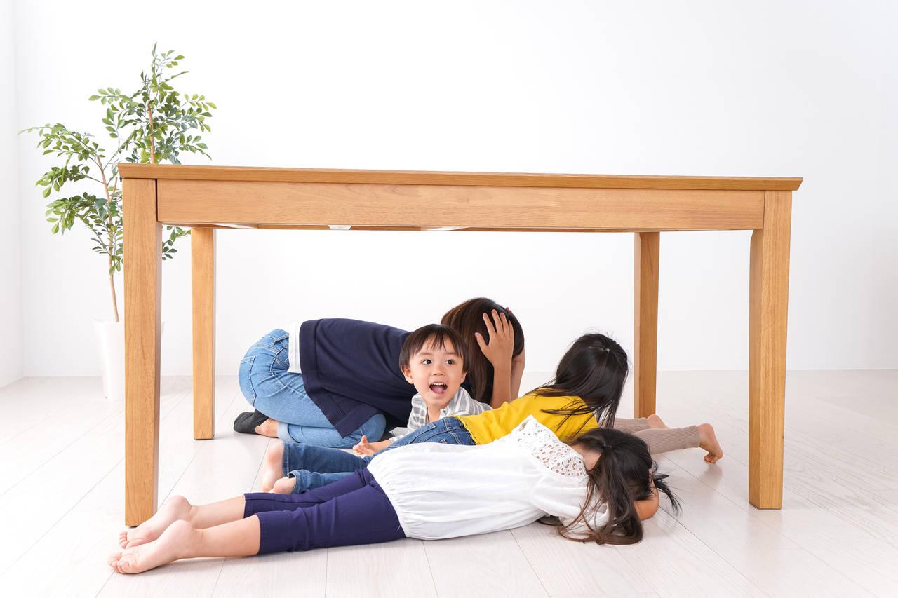 幼児と地震を想定した避難訓練を!必要な対策や備蓄品を用意しよう