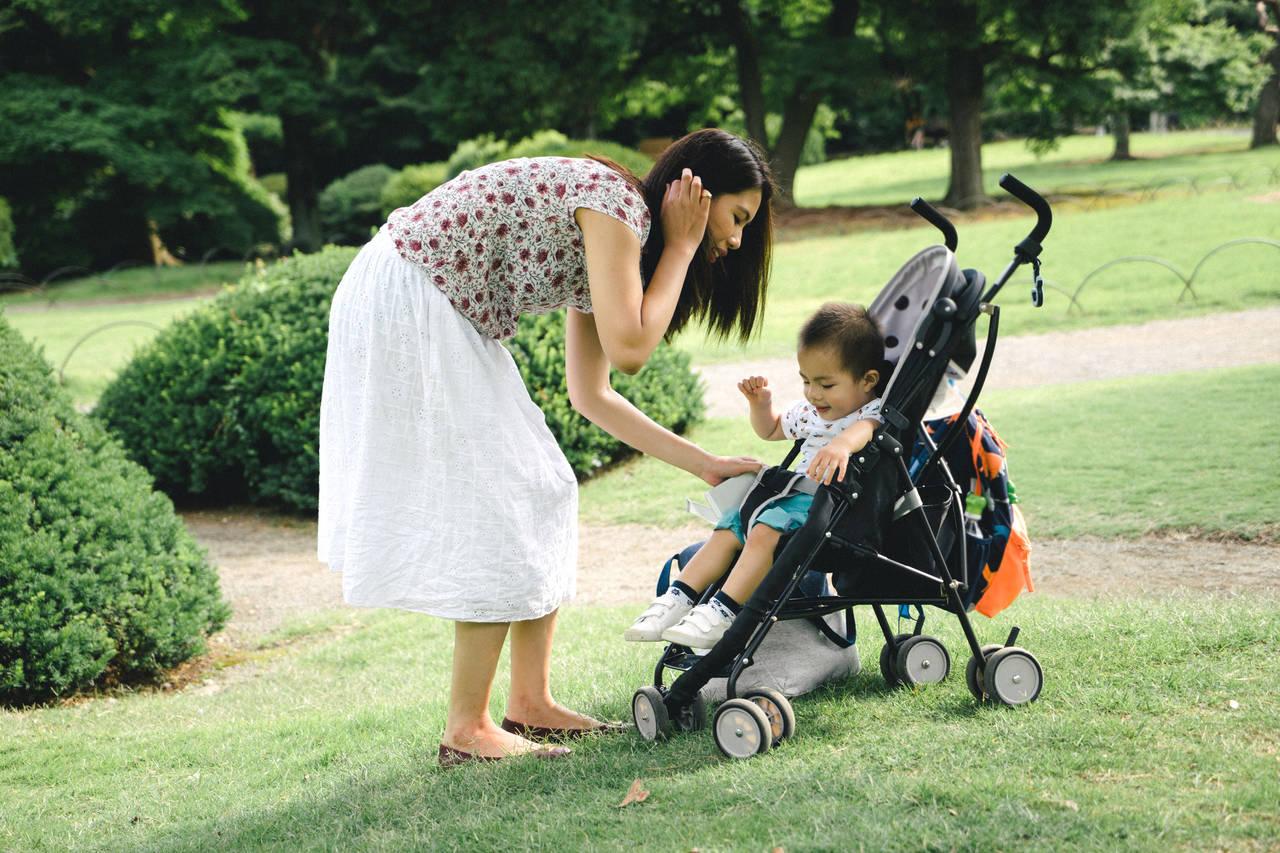 2歳児とのお出かけにベビーカーは必要?行き先や状況で判断しよう