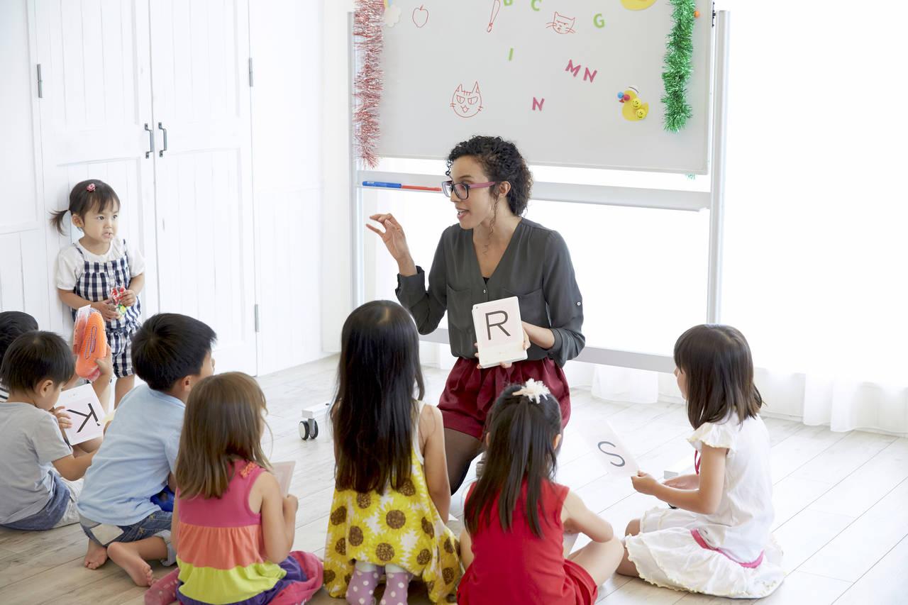 幼稚園の年長さんの英語事情とは?差をつけるなら親子留学をしよう