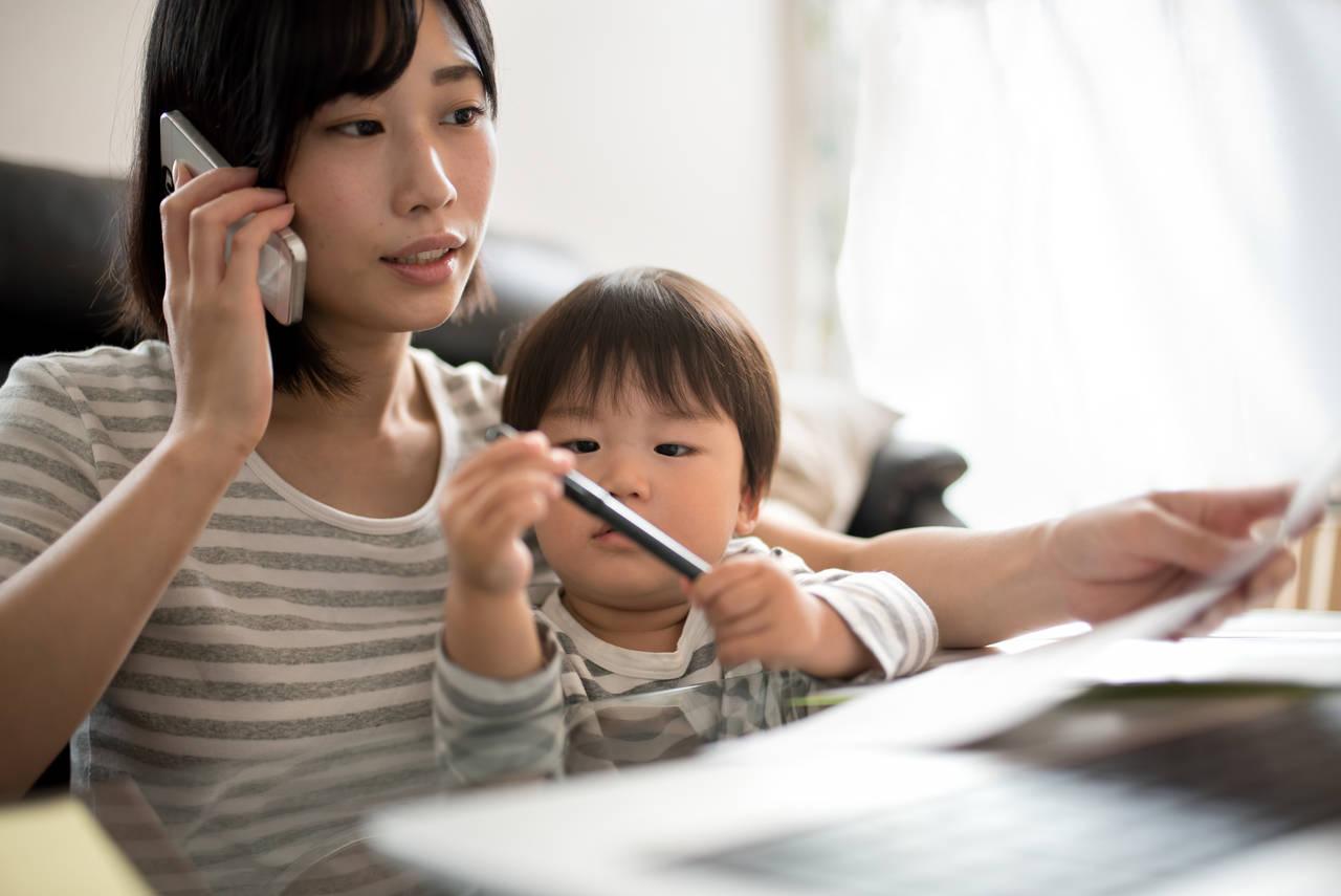 在宅勤務で子育てママでも働ける!在宅求人の獲得方法とは?